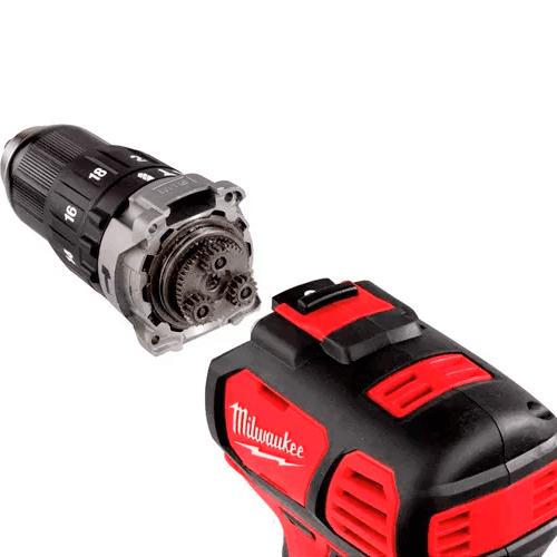 Taladro Percutor Batería. MILWAUKEE M18 modelo BPD-402C. | Herramientas a batería